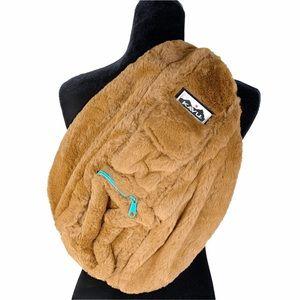 NWT Kavu Fuzzy Rope Crossbody Backpack Bag